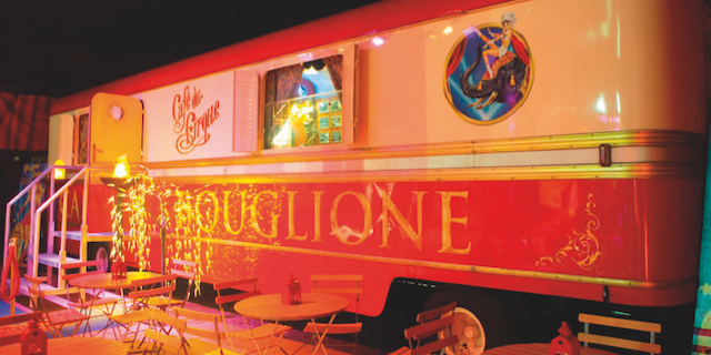 cafe du cirque Bouglione