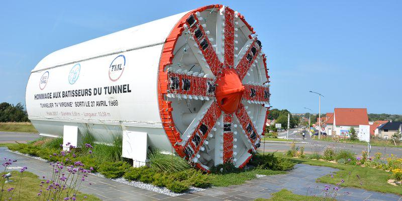 Tunnelier-Virginie-Tunnel-sous-la-Manche-Coquelles