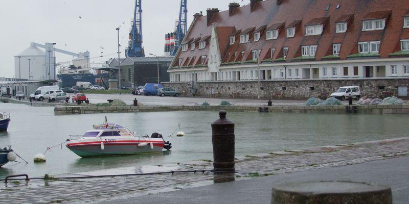 Bateaux de Pêche Calais