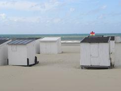 Les chalets de la plage de Calais