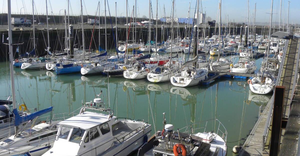 Le port de plaisance calais c te d 39 opale tourisme - Restaurant arcachon port de plaisance ...