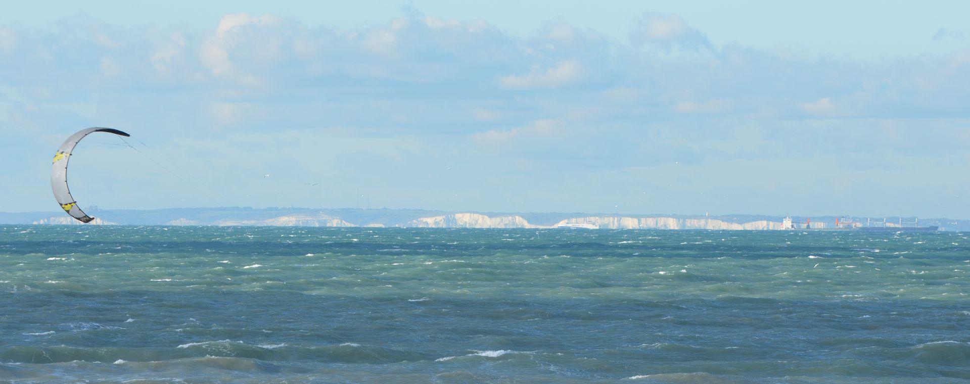 Kite Surf et falaises de Douvres